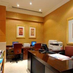 Отель Ramada Hotel Dubai ОАЭ, Дубай - отзывы, цены и фото номеров - забронировать отель Ramada Hotel Dubai онлайн интерьер отеля фото 3