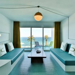 Отель Dorado Ibiza Suites - Adults Only Испания, Сант Джордин де Сес Салинес - отзывы, цены и фото номеров - забронировать отель Dorado Ibiza Suites - Adults Only онлайн комната для гостей фото 5