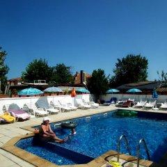 Отель Guest House Olimpiya Болгария, Свети Влас - отзывы, цены и фото номеров - забронировать отель Guest House Olimpiya онлайн бассейн