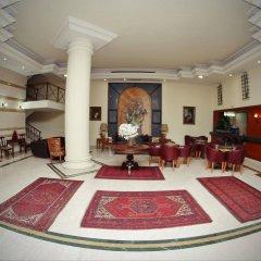 Madisson Hotel интерьер отеля
