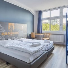 Отель a&o Hamburg Hauptbahnhof комната для гостей фото 4