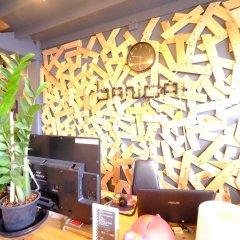 Bandai Hostel Бангкок интерьер отеля