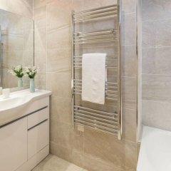 Отель 2 bed in Amazing West London Location Великобритания, Лондон - отзывы, цены и фото номеров - забронировать отель 2 bed in Amazing West London Location онлайн ванная