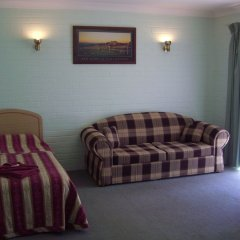 Отель Homestead Motel комната для гостей фото 2