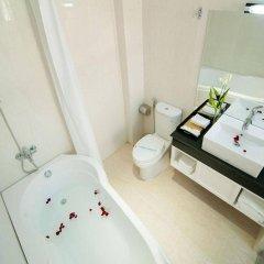 Отель Dragon Palace Hotel Вьетнам, Хошимин - 2 отзыва об отеле, цены и фото номеров - забронировать отель Dragon Palace Hotel онлайн ванная фото 2
