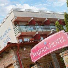 Отель Majerik Hotel Венгрия, Хевиз - 2 отзыва об отеле, цены и фото номеров - забронировать отель Majerik Hotel онлайн спортивное сооружение