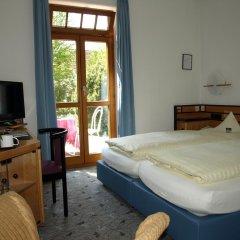 Отель Villa Waldperlach Германия, Мюнхен - отзывы, цены и фото номеров - забронировать отель Villa Waldperlach онлайн комната для гостей фото 3