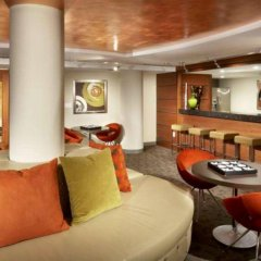 Отель Global Luxury Suites at The Convention Center США, Вашингтон - отзывы, цены и фото номеров - забронировать отель Global Luxury Suites at The Convention Center онлайн гостиничный бар