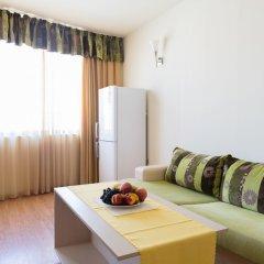 Апартаменты Two Bedroom Apartment with Balcony комната для гостей фото 4