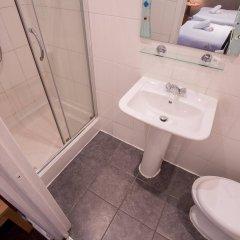 Newham Hotel ванная