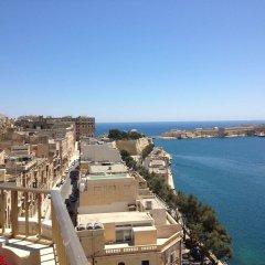 Отель Grand Harbour Hotel Мальта, Валетта - отзывы, цены и фото номеров - забронировать отель Grand Harbour Hotel онлайн пляж фото 2