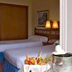 Отель Prestige Coral Platja Испания, Курорт Росес - отзывы, цены и фото номеров - забронировать отель Prestige Coral Platja онлайн в номере