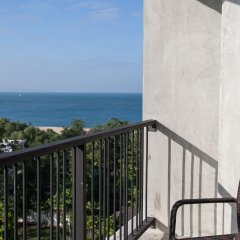 B2 Sea View Pattaya Boutique & Budget Hotel балкон