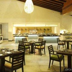 Отель Avani Kalutara Resort питание
