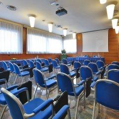 Отель Albergo Roma, Bw Signature Collection Кастельфранко помещение для мероприятий