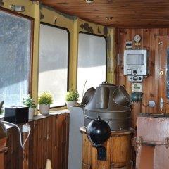 Отель The Red Boat интерьер отеля фото 2