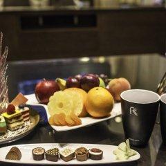 Отель Hili Rayhaan By Rotana ОАЭ, Эль-Айн - отзывы, цены и фото номеров - забронировать отель Hili Rayhaan By Rotana онлайн питание фото 3