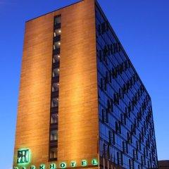 Отель Mama Shelter Prague Чехия, Прага - 10 отзывов об отеле, цены и фото номеров - забронировать отель Mama Shelter Prague онлайн бассейн фото 2
