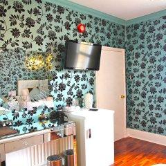 Отель Crompton Guest House удобства в номере