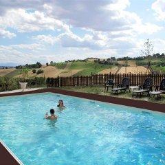 Отель Villa Scuderi Италия, Реканати - отзывы, цены и фото номеров - забронировать отель Villa Scuderi онлайн бассейн