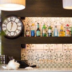 Отель Aphrodite Inn Бангкок гостиничный бар
