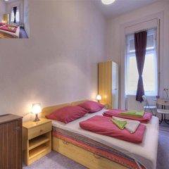 Отель Opera Guesthouse & apartments Венгрия, Будапешт - 2 отзыва об отеле, цены и фото номеров - забронировать отель Opera Guesthouse & apartments онлайн комната для гостей