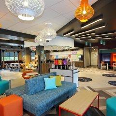 Отель Tru By Hilton Meridian гостиничный бар