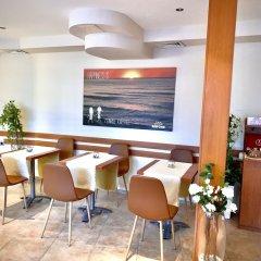 Отель Amfora Болгария, Св. Константин и Елена - 1 отзыв об отеле, цены и фото номеров - забронировать отель Amfora онлайн питание фото 2