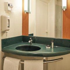 Отель Ibis Milano Ca Granda Италия, Милан - 13 отзывов об отеле, цены и фото номеров - забронировать отель Ibis Milano Ca Granda онлайн ванная фото 2