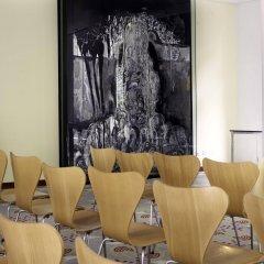 Отель Park Plaza Berlin Kudamm Германия, Берлин - 1 отзыв об отеле, цены и фото номеров - забронировать отель Park Plaza Berlin Kudamm онлайн интерьер отеля фото 2