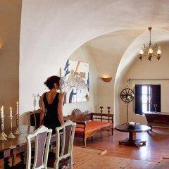 Отель Lava Suites and Lounge интерьер отеля