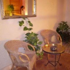 Отель Riad Majdoulina Марокко, Марракеш - отзывы, цены и фото номеров - забронировать отель Riad Majdoulina онлайн комната для гостей фото 2
