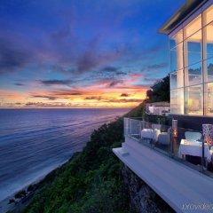 Отель Banyan Tree Ungasan пляж