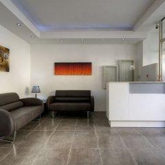 Отель Balco Harmony Hostel Мальта, Гзира - отзывы, цены и фото номеров - забронировать отель Balco Harmony Hostel онлайн интерьер отеля