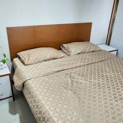 Апартаменты Amstellux Apartments комната для гостей