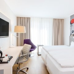 Отель NH Collection Berlin Mitte Am Checkpoint Charlie 4* Стандартный номер с разными типами кроватей фото 20