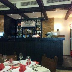 Отель All Seasons Club гостиничный бар