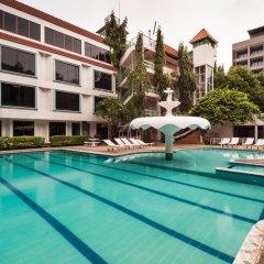 Отель Seashore Pattaya Resort бассейн