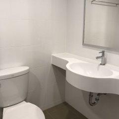Отель Room Dee Dee (Petchakasem98) ванная