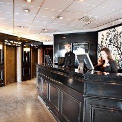 First Hotel Reisen интерьер отеля