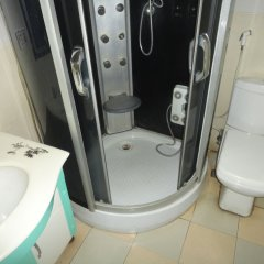 Отель SDM Tavern and Suites ванная фото 2
