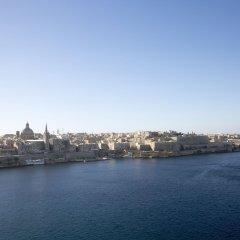 Отель The Seafront Tower Мальта, Слима - отзывы, цены и фото номеров - забронировать отель The Seafront Tower онлайн приотельная территория