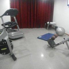 Отель Aparthotel Tropicana фитнесс-зал