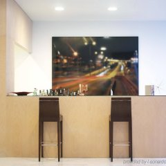 Отель HF Fenix Urban гостиничный бар