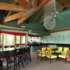 Отель Couples Negril All Inclusive гостиничный бар