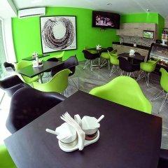 Отель Expo Inn Мексика, Гвадалахара - отзывы, цены и фото номеров - забронировать отель Expo Inn онлайн гостиничный бар
