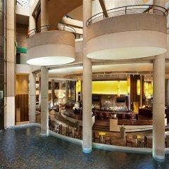 Отель The Westin Bonaventure Hotel & Suites США, Лос-Анджелес - отзывы, цены и фото номеров - забронировать отель The Westin Bonaventure Hotel & Suites онлайн питание фото 3