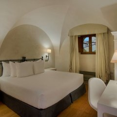 Отель NH Collection Firenze Porta Rossa Италия, Флоренция - отзывы, цены и фото номеров - забронировать отель NH Collection Firenze Porta Rossa онлайн комната для гостей