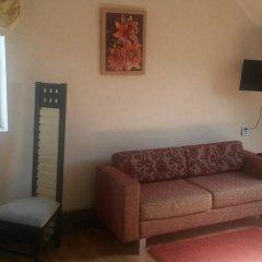 Гостиница Traktir Zerkalny Karp комната для гостей
