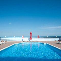 Отель LILIA Варна бассейн фото 2